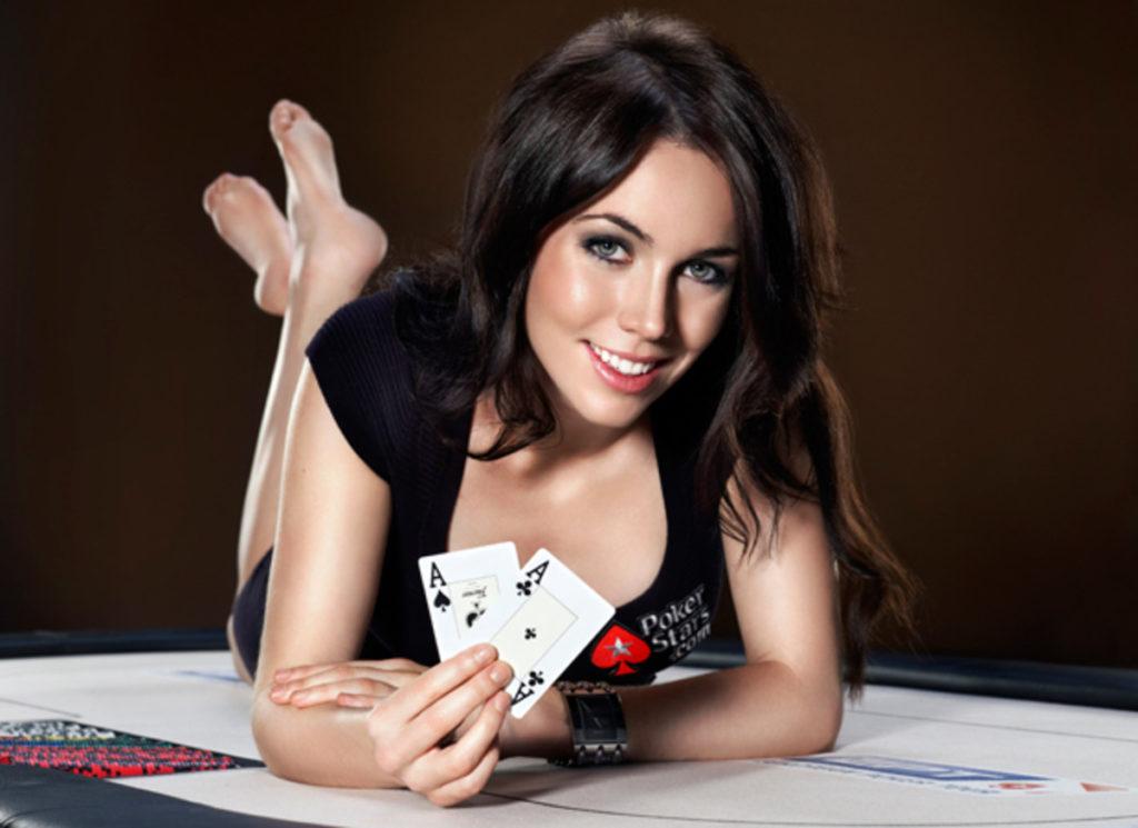 Best Strategies to Win Blackjack Online